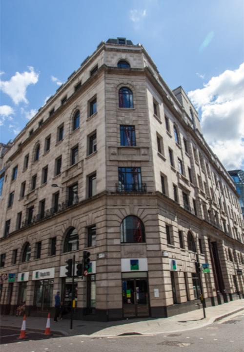 Büro- und Geschäftshaus Queen Street in London, Großbritannien - HIH Real Estate (HIH-Gruppe)