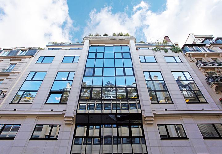 Büroimmobilie Rue Léon Jost in Paris, Frankreich - HIH Real Estate (HIH-Gruppe)